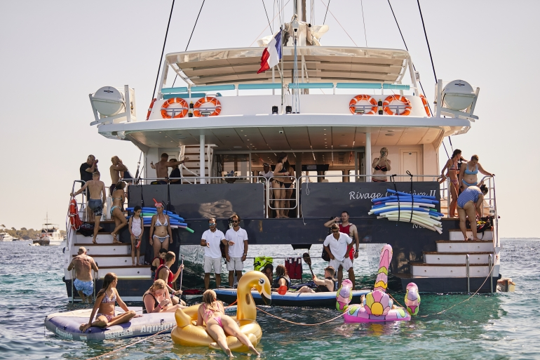 http://www.rivage-croisiere.com/wp-content/uploads/2014/07/28A0146.jpg