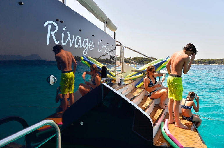 http://www.rivage-croisiere.com/wp-content/uploads/2016/07/rivage-croisiere-photo-14-1.jpg
